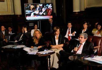 El traspaso de los subtes se debate hoy martes  en plenario de comisiones